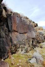 Basalt rim rock displaying petroglyphs